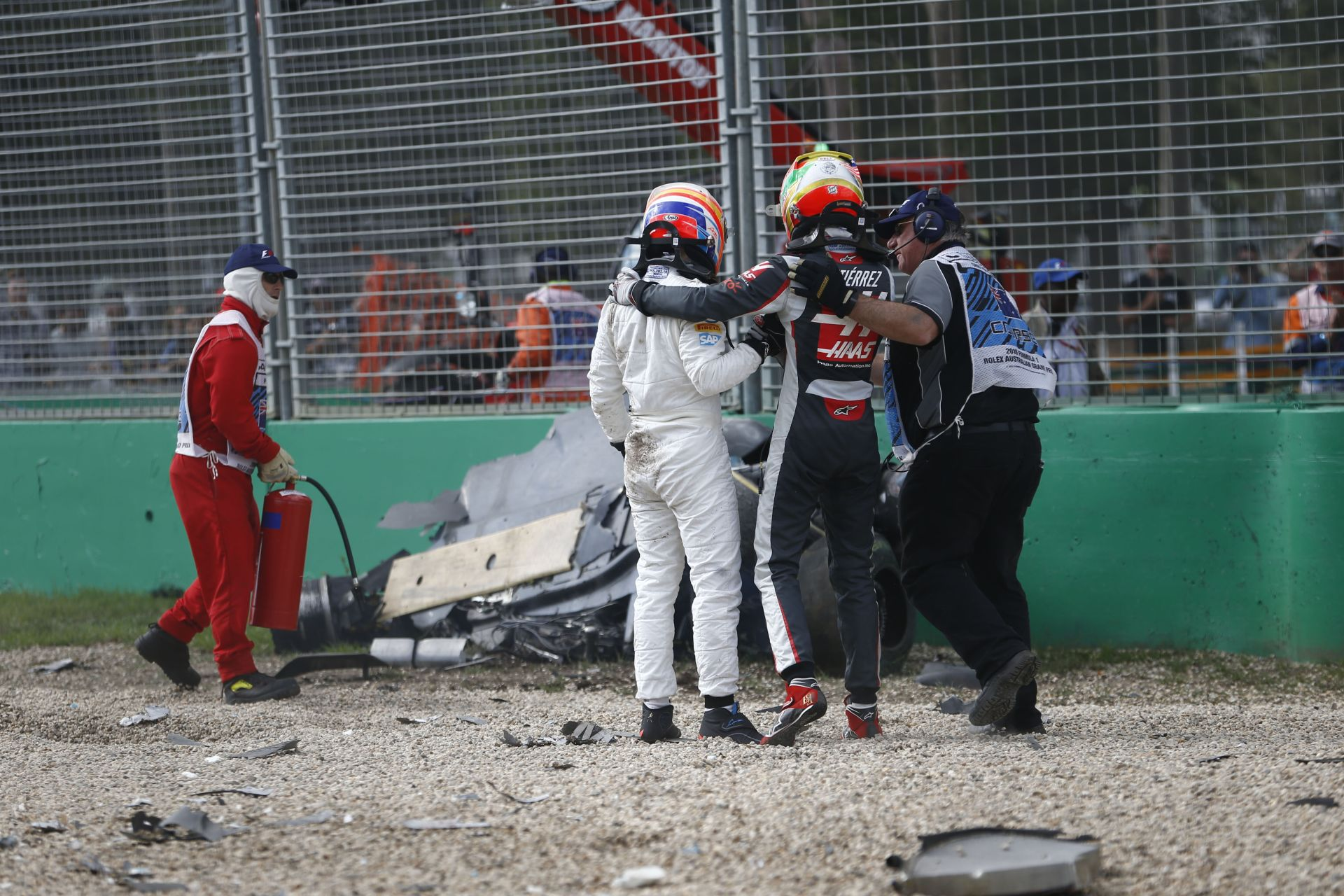 Alonso szerint a halo biztosan hasznos lett volna a melbourne-i balesetnél