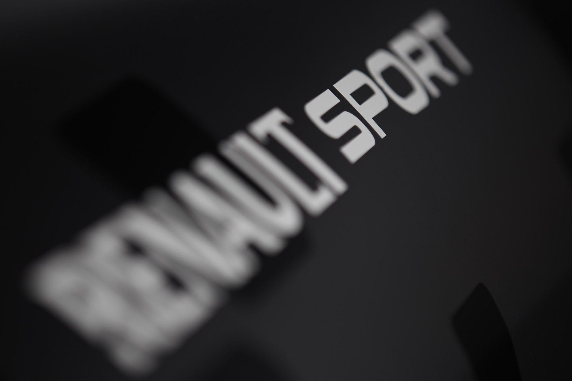 A Renault újra gyári csapattal az F1-ben: kulcspozíciók és nevek