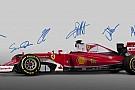 Ez volt a legkirályabb jelenet a Ferrari mai bemutatóján: Vettel, Raikkönen...