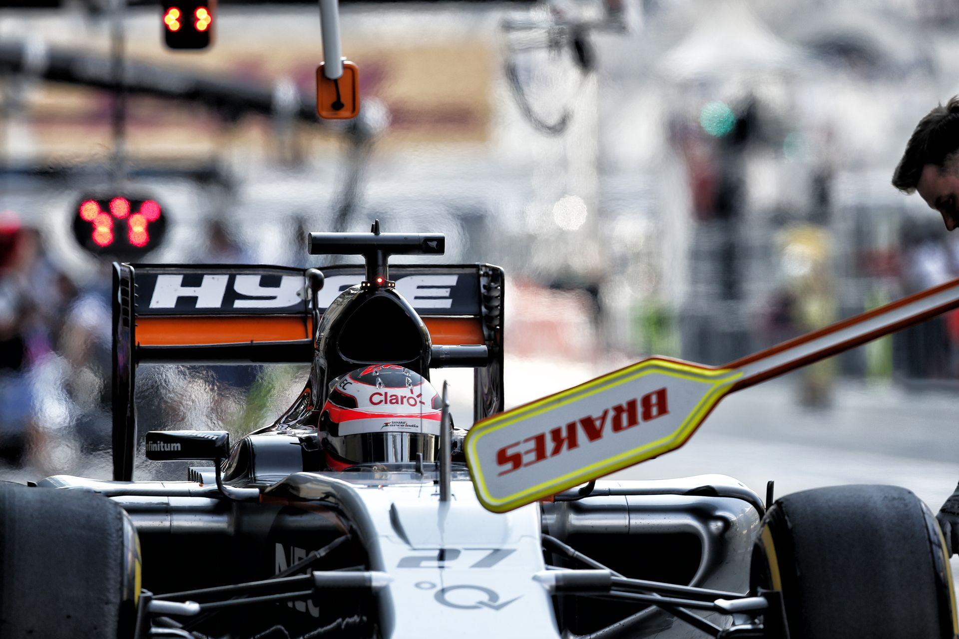 Alesi szerint kevés, ha korlátozzák a rádiózást, ennél több kell az F1-nek