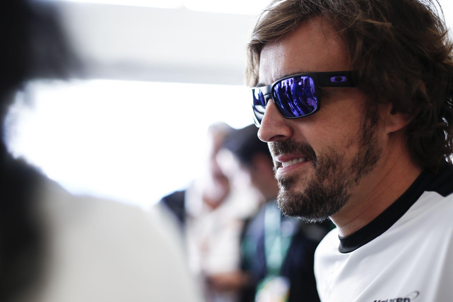 A McLarennél még mindig úgy látják, hogy Alonso a Forma-1 legjobb pilótája!