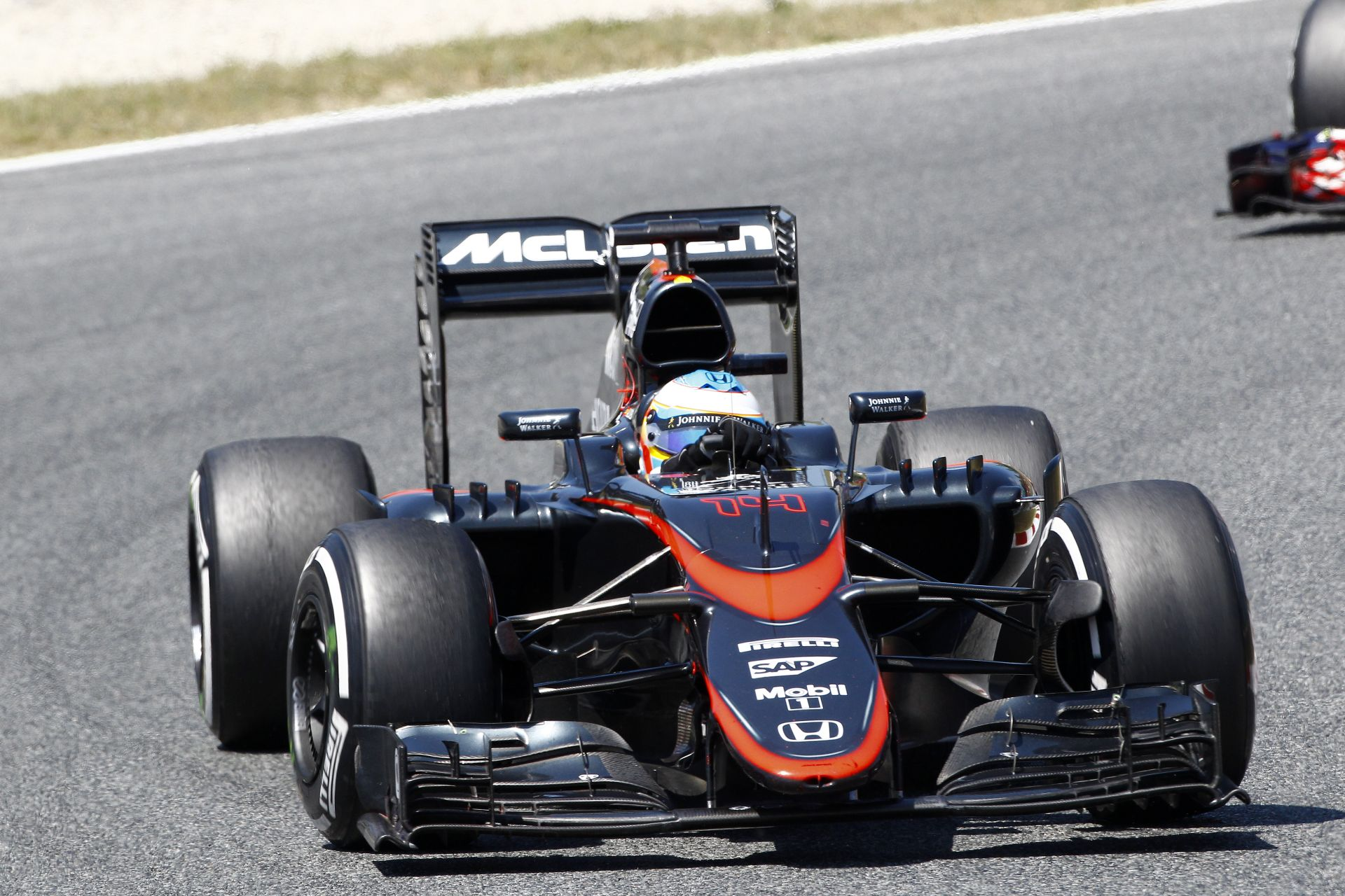 Már csak 4 hét és pályára gurulnak a 2016-os F1-es gépek