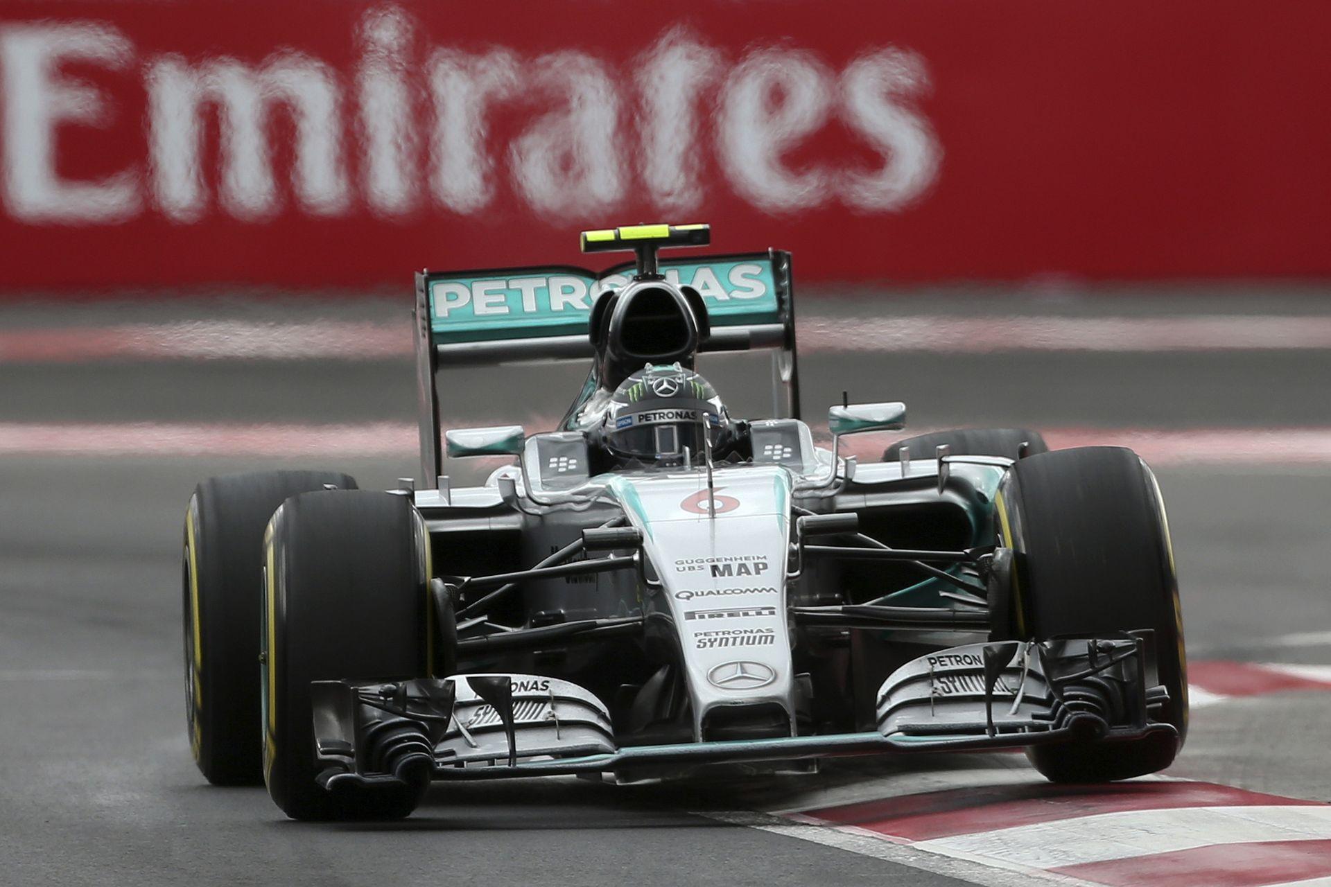 Belső kamerás felvételen Rosberg rajtelsőségét érő köre Mexikóból