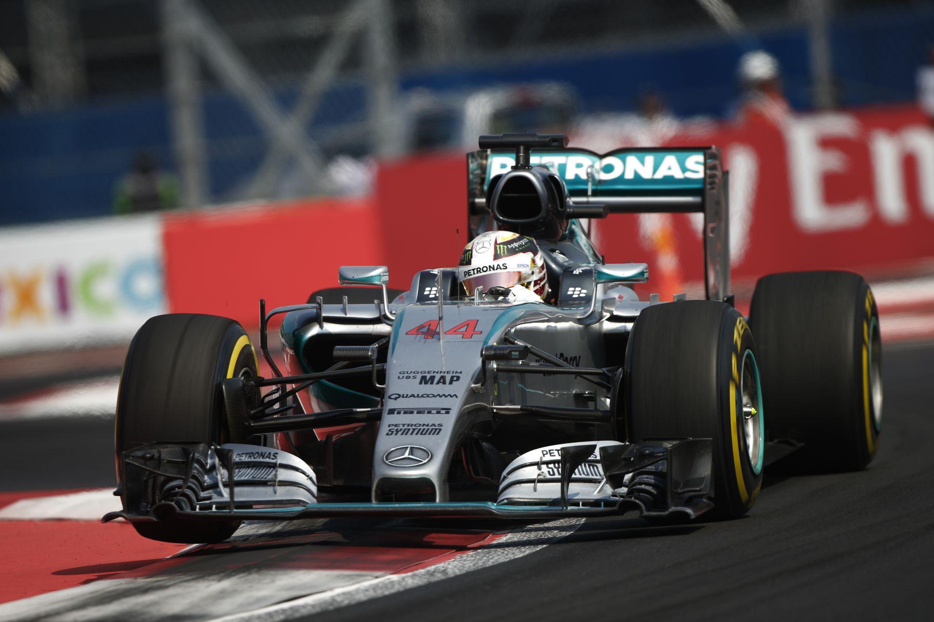 A Mercedes semmit sem mondott Hamiltonnak a gumikról, amúgy is mindegy már