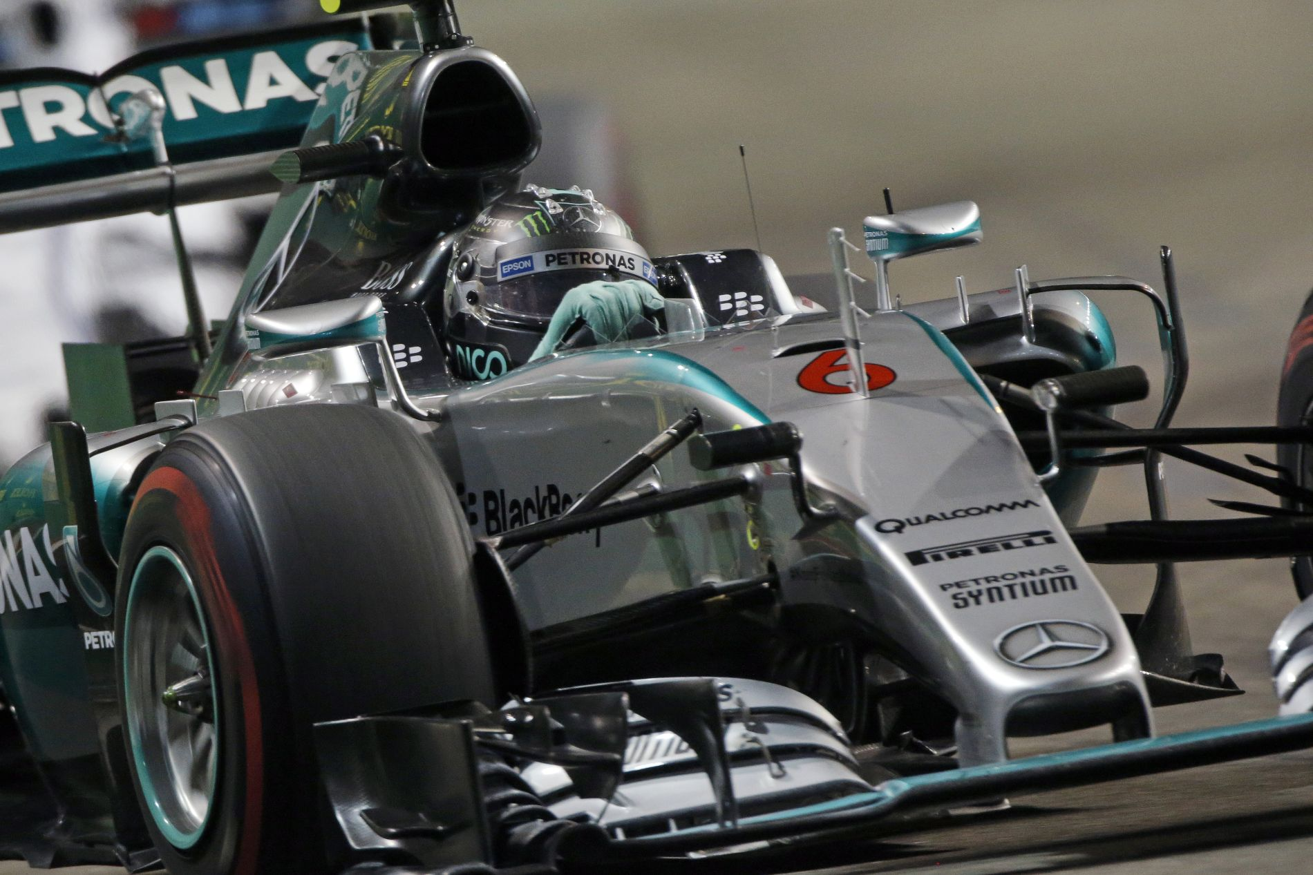 Szuperlágy és lágy abroncsok Szocsiban: szenvedésre vannak ítélve a Mercedesek?