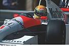 Egy belső kamerás felvétel, ahogy Senna küldi neki a McLarennel Phoenix-ben