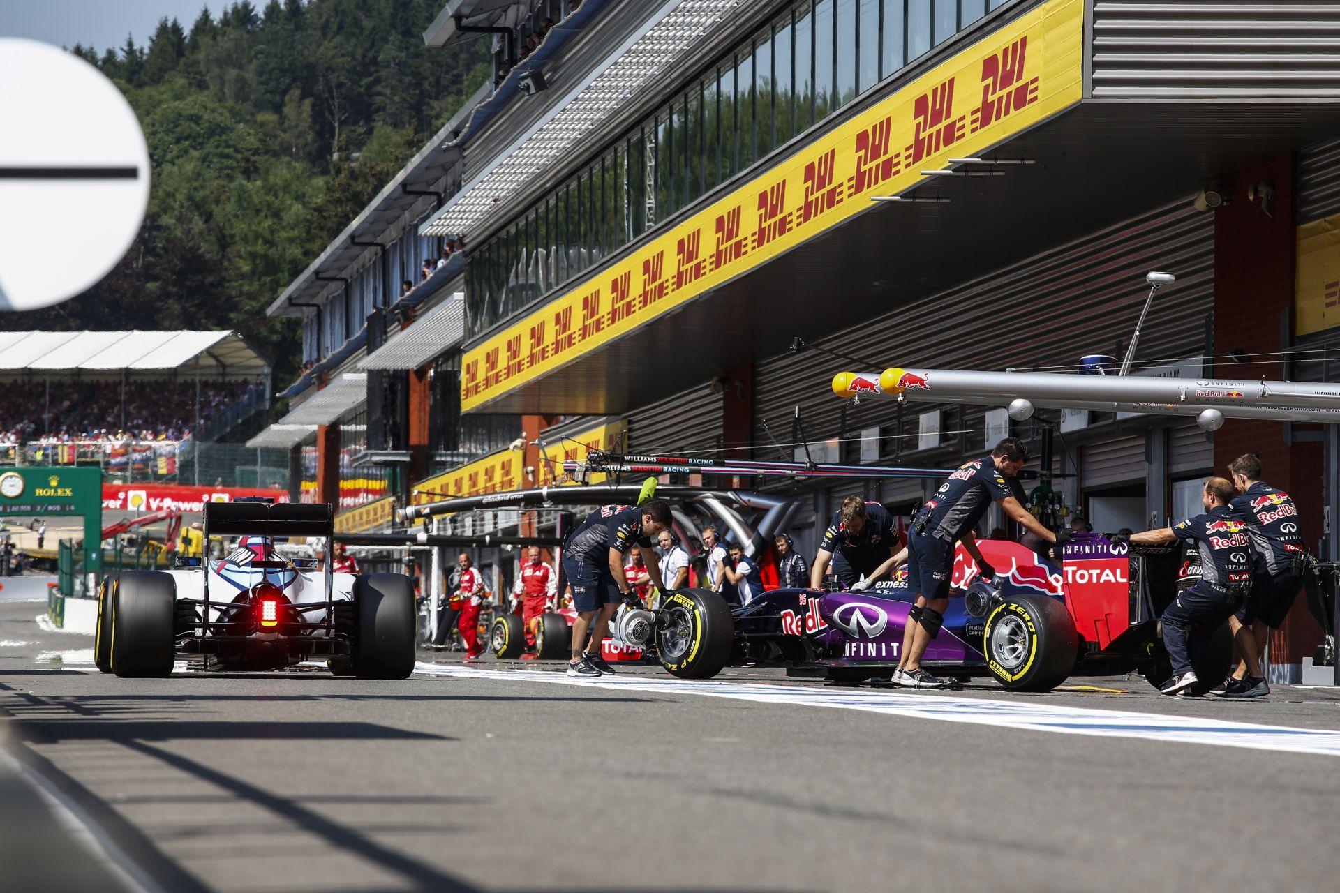 """A Red Bull-Mercedes páros egyelőre """"álom"""" marad - ennek rettentő egyszerű oka van..."""