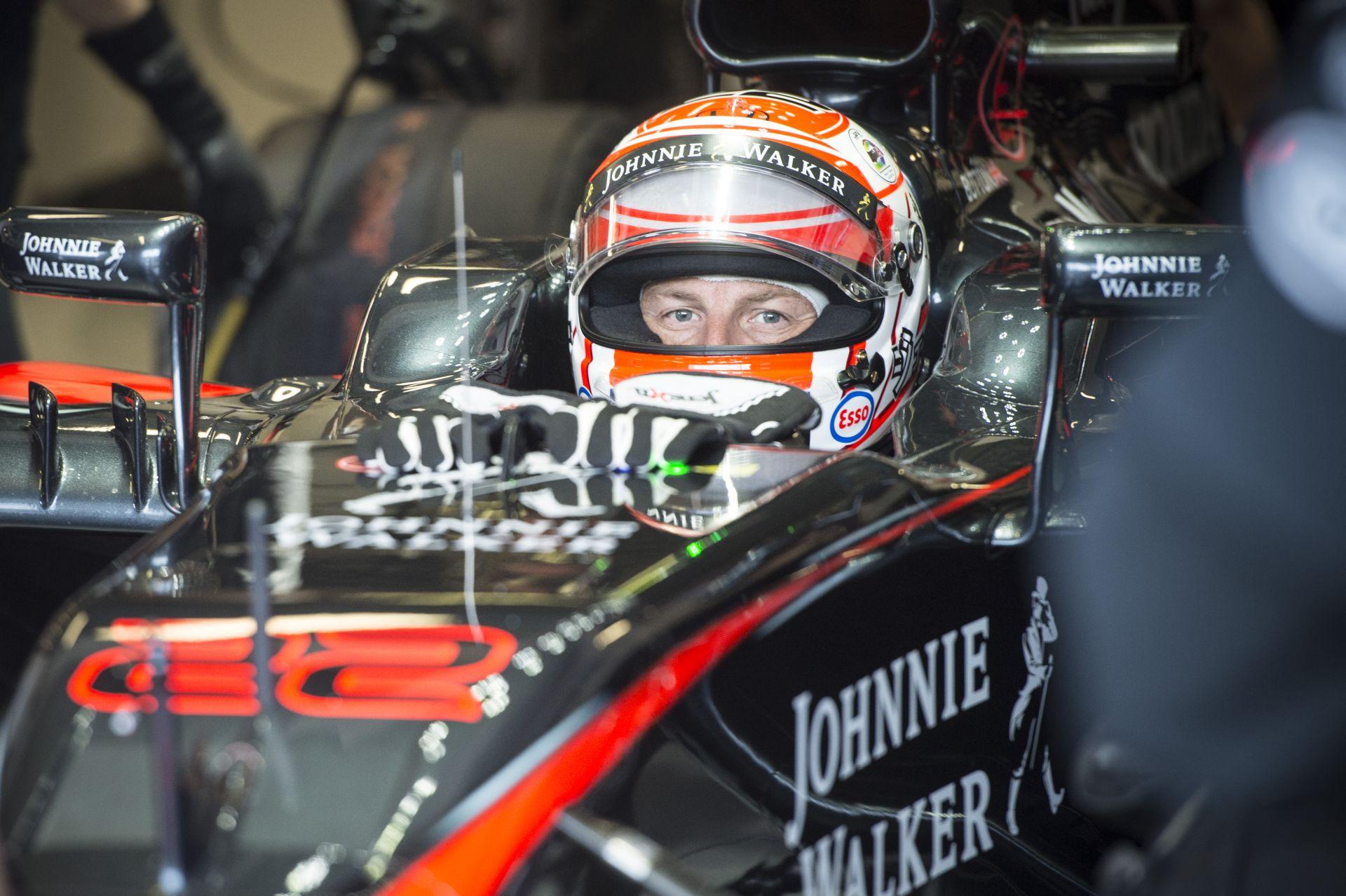 Button egész pályafutása alatt nem látott annyi új alkatrészt, mint a McLaren-Hondánál!