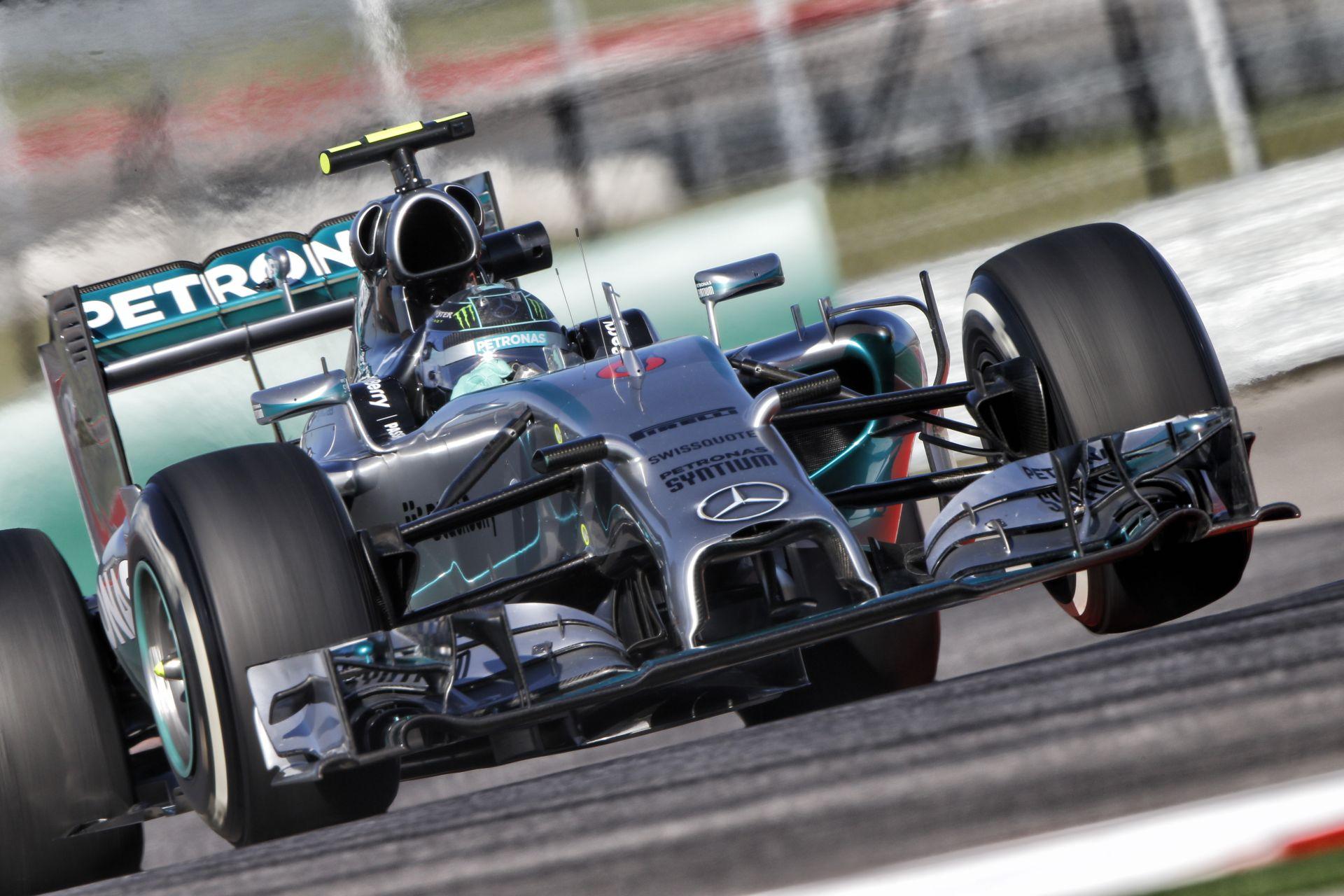 Rosberg nyitott az élen Hamilton és Kvyat előtt Brazíliában! Megszűnt a Marussia, GAME OVER!