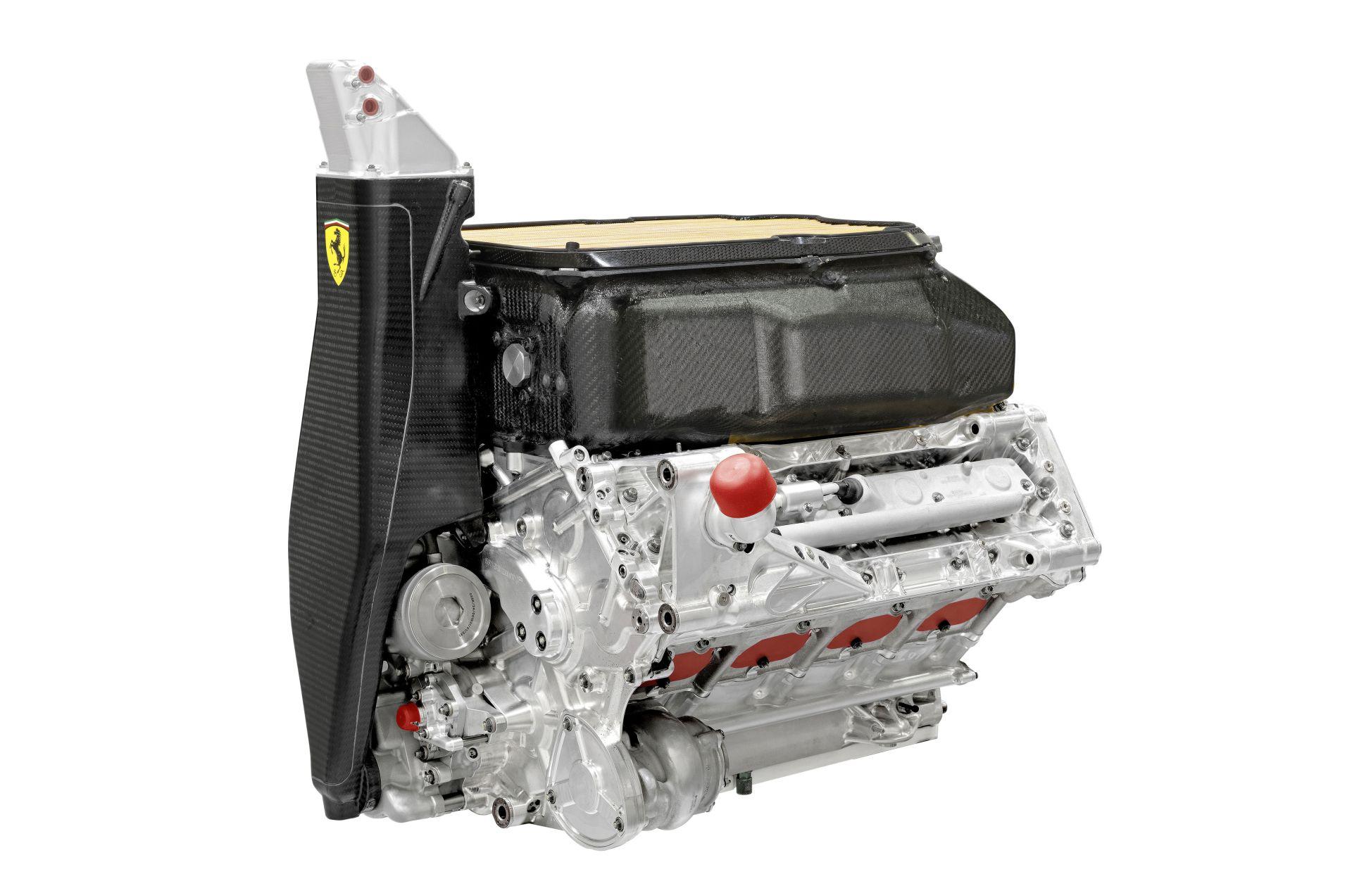 BRÉKING: Visszatérhetnek a V8-as motorok a Forma-1-ben, de a Mercedes akkor biztosan kiszáll