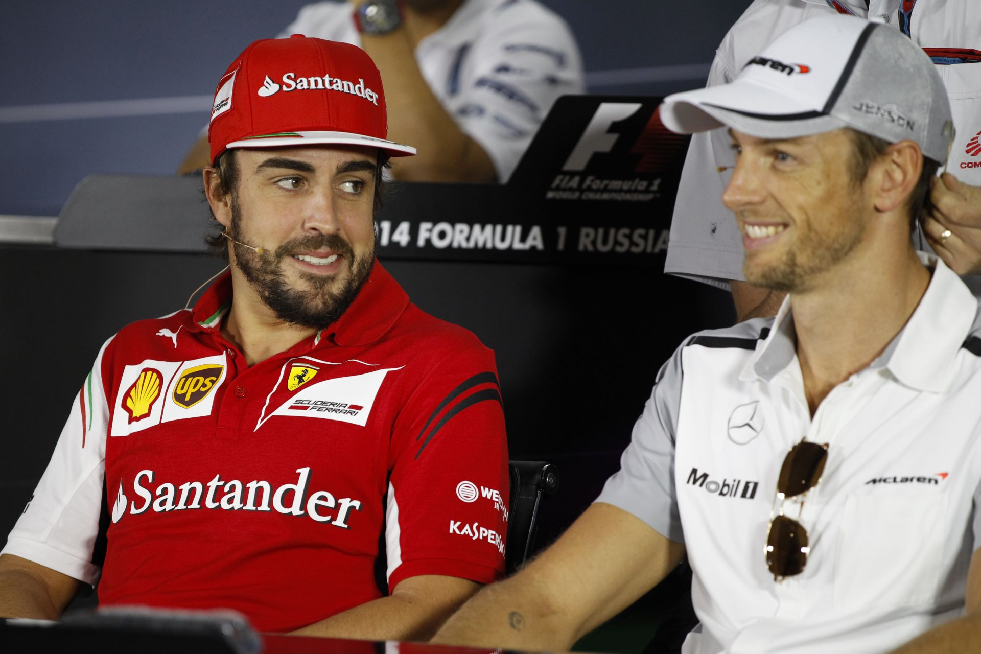 Alonso a McLaren helyében megtartaná Buttont?