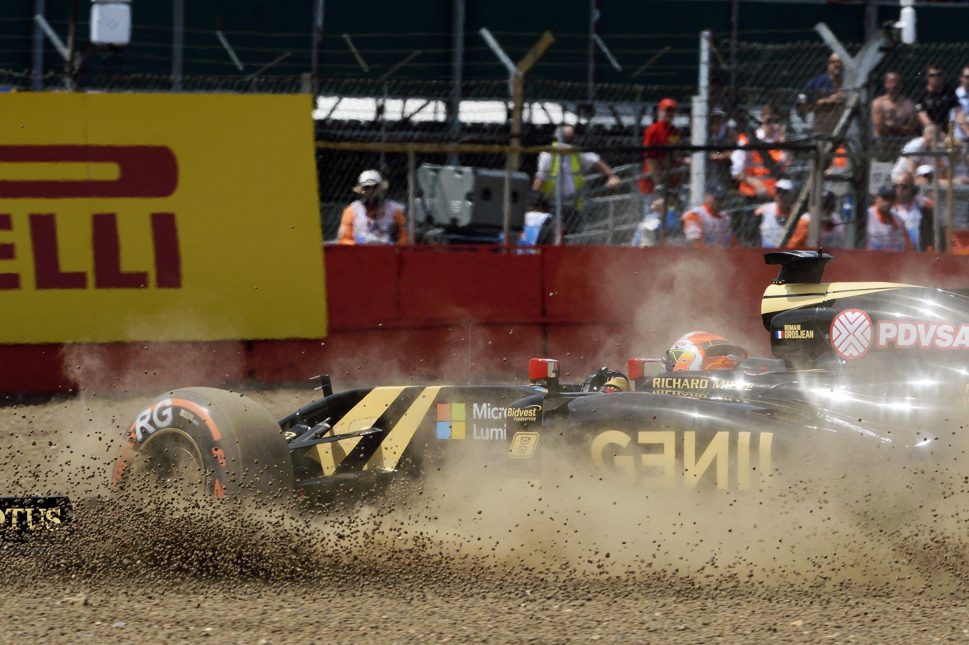 A Lotus komoly bajban lehet - a Renault lenne a megmentőjük?
