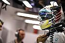 Mercedes: 99%, hogy Lewis Hamilton velünk marad!