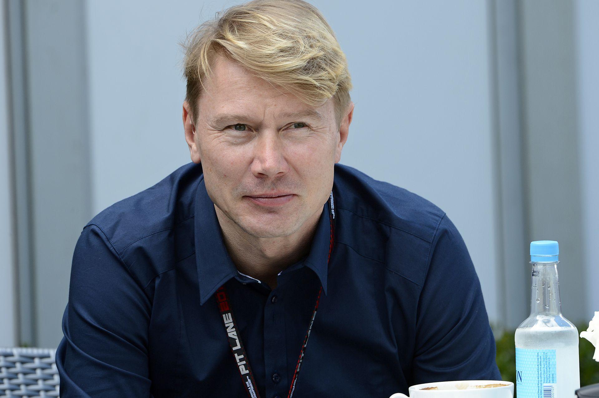 Häkkinen: A rajongók bírnák, ha három Ferrarit és Mercedest látnának a pályán