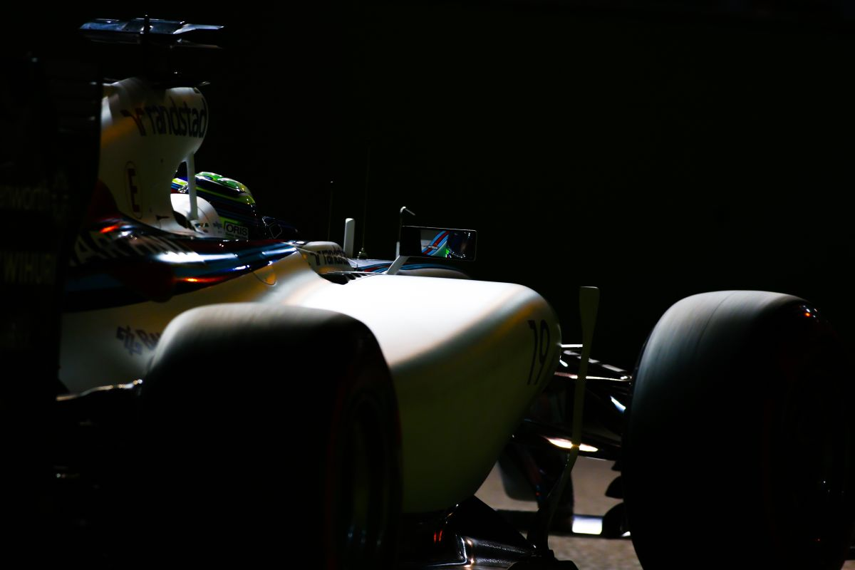 Massa úgy vezetett, mint egy nagymama: vicc, hogy azokkal a gumikkal kellett végigmennie
