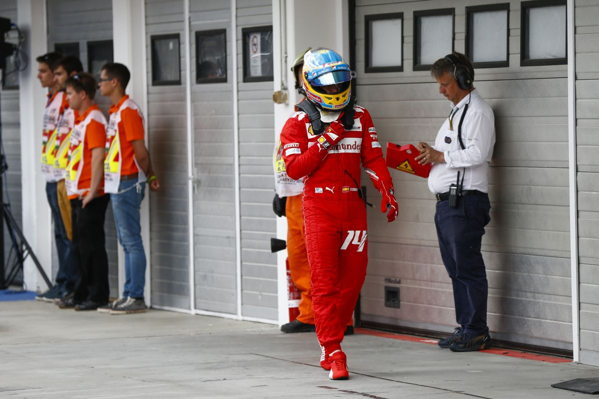 Piero Ferrari reméli, Alonso karrierje végéig velük marad - legalább egy győzelem legyen idén