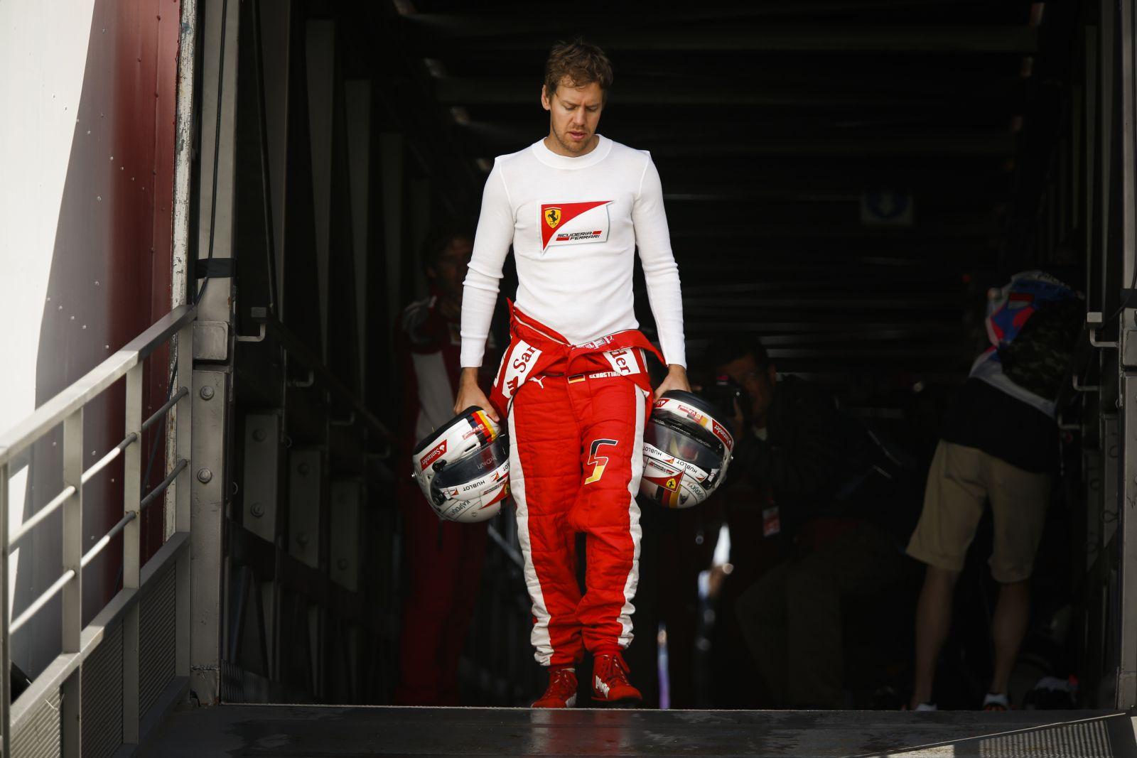 Vettel rossz példát mutat a fiataloknak, pedig a vörös inspiráció, a vörös cselekvés