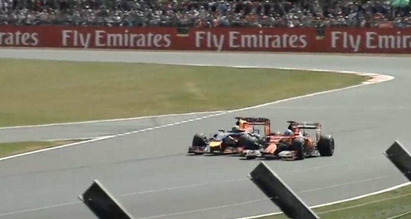 Amatőr felvételen Alonso és Vettel brutálisan szoros csatája Silverstone-ban