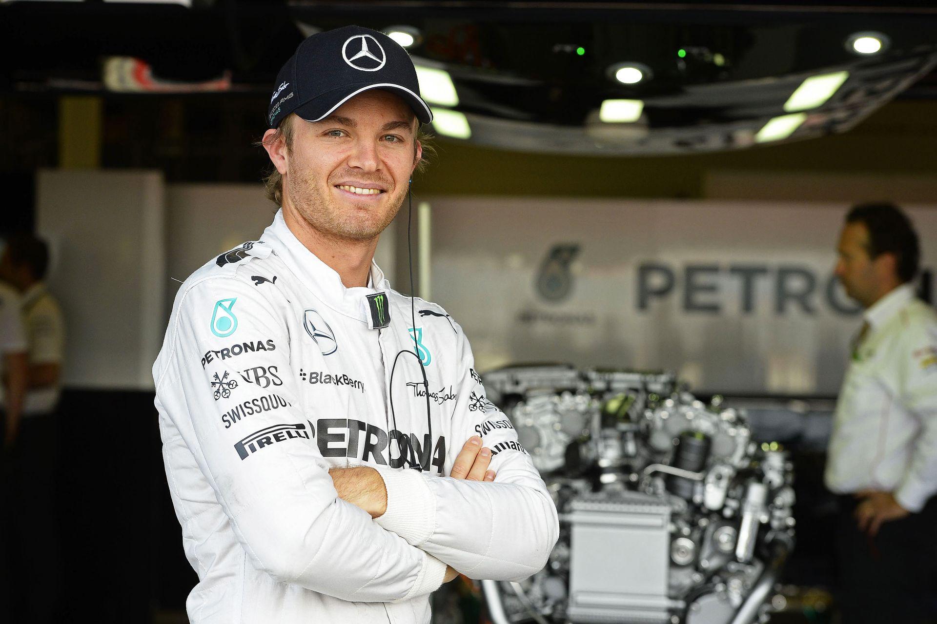 Rosberg szívesen segít az adataival Hamiltonnak