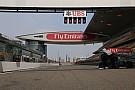 Meztelen McLaren és árválkodó első szárny: képgaléria Sanghajból