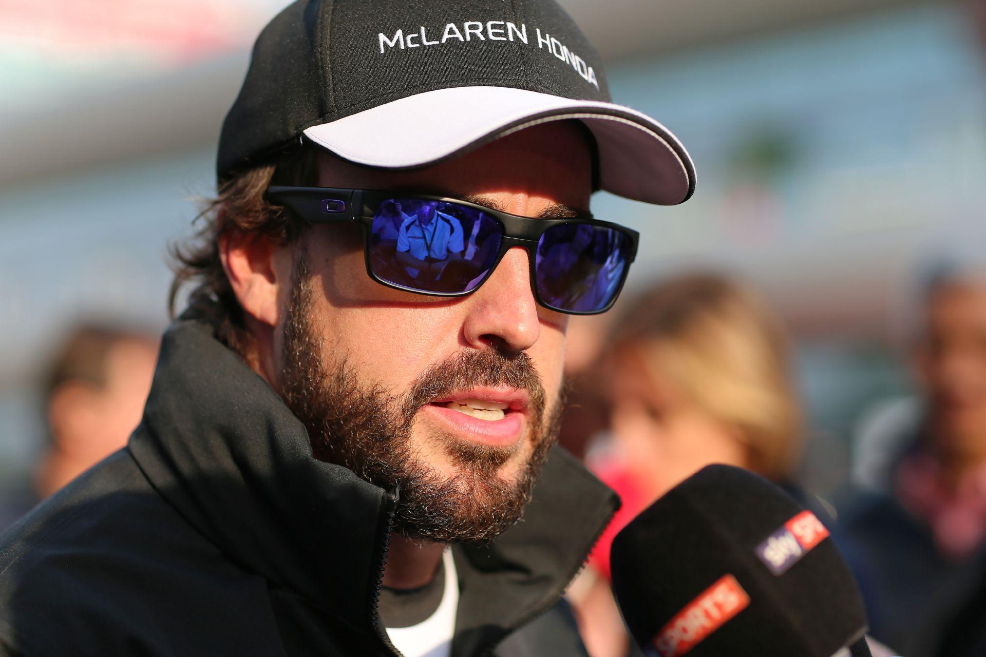 Alonso: Megint kiestünk a Q1-ben, de 6 tizedmásodpercet gyorsultunk!