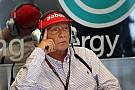 Lauda: Új start a Forma-1-ben a biztonsági autós fázisok végén? Idióták ezek?