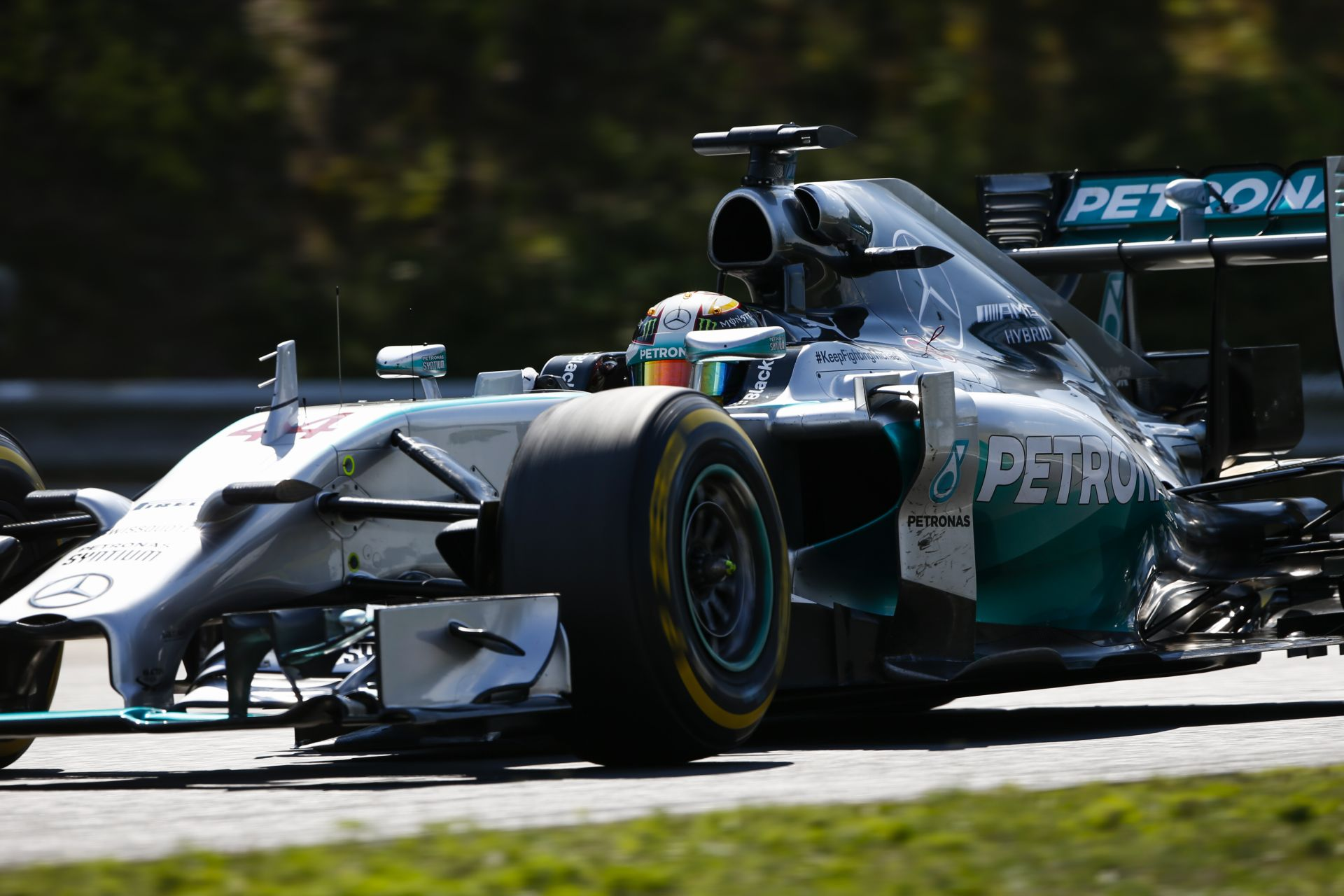 Hamilton triplázott a Hungaroringen! Rosberg második, Vettel harmadik, Ricciardo negyedik!