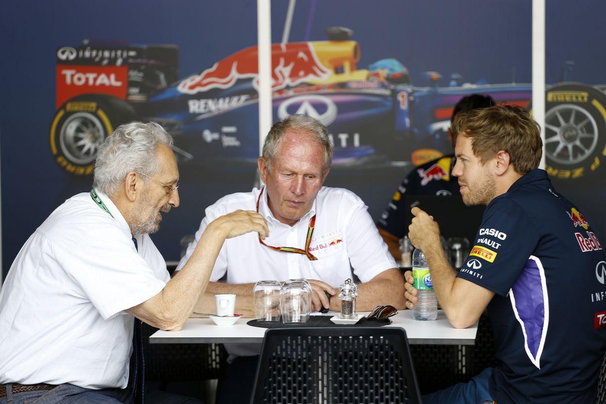 Vettel tehetetlen az uborkával az egyenesekben: ilyen a versenyzés