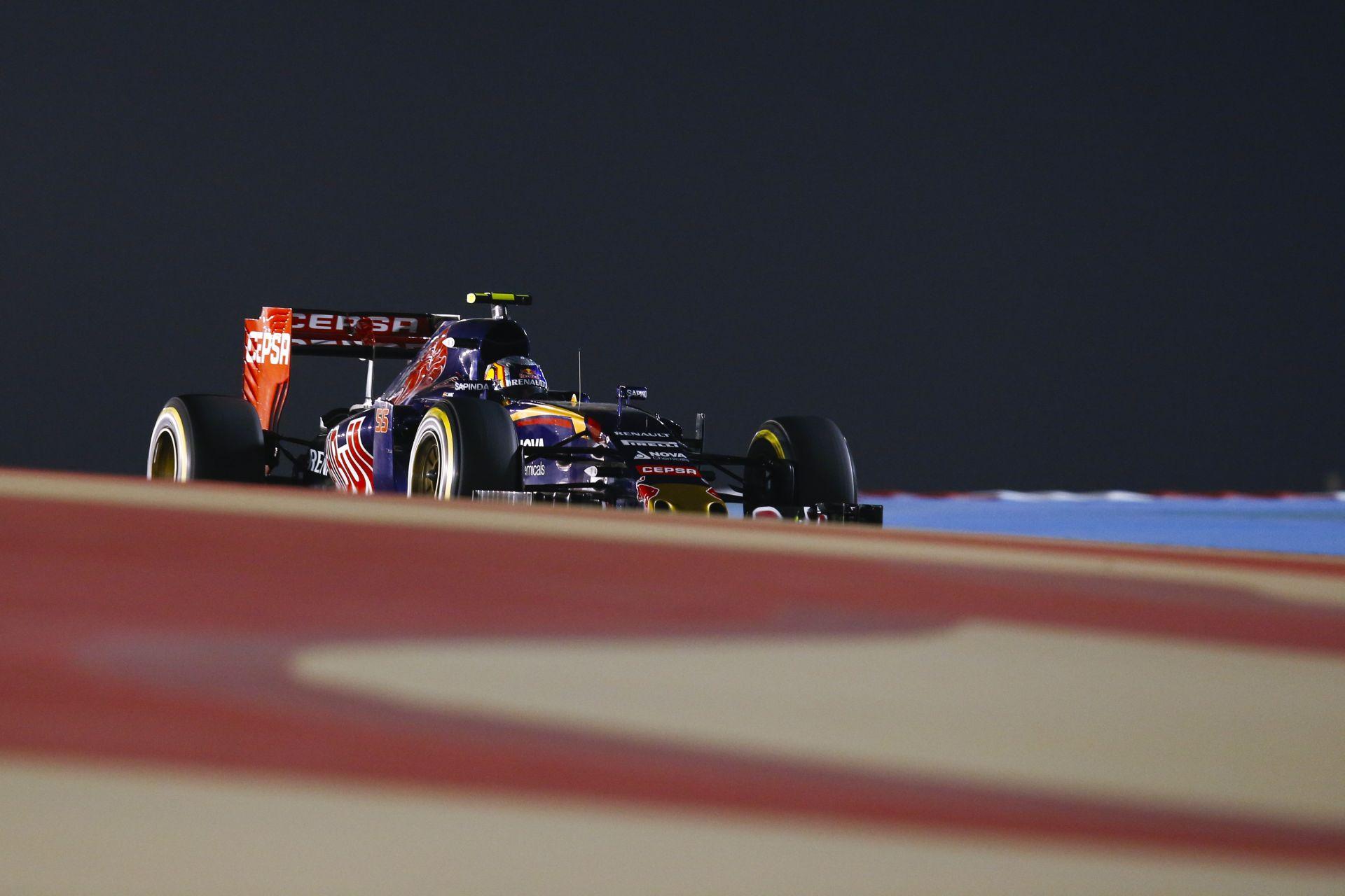 Toro Rosso: Sainz meglepődött, Verstappen halálosan küzd