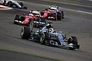 Hamilton várja az ellenfeleket: nemcsak Rosberget, hanem a ferrarisokat is