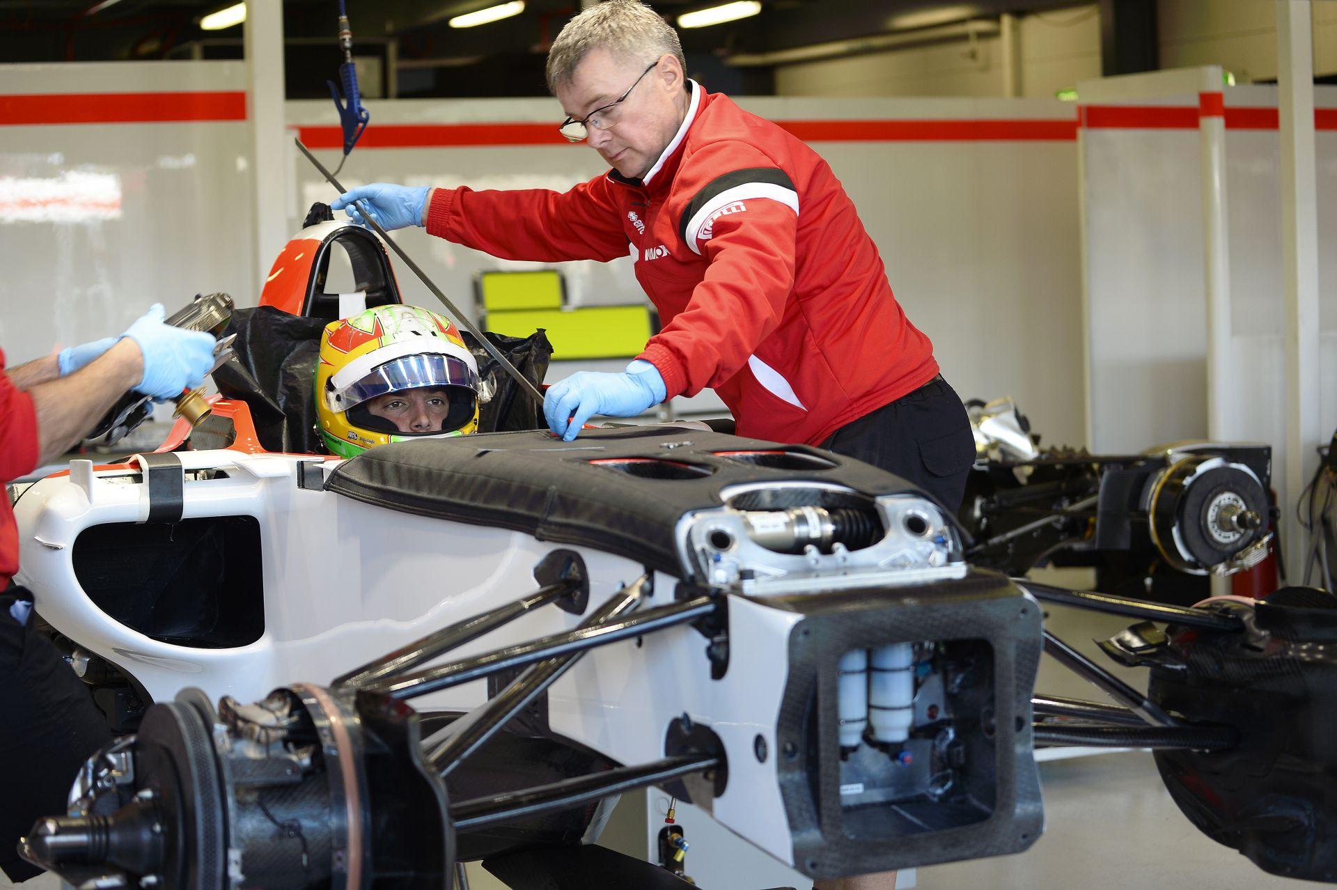 A Mercedes is tudja, hogy a Manor a pénz miatt van a Forma-1-ben