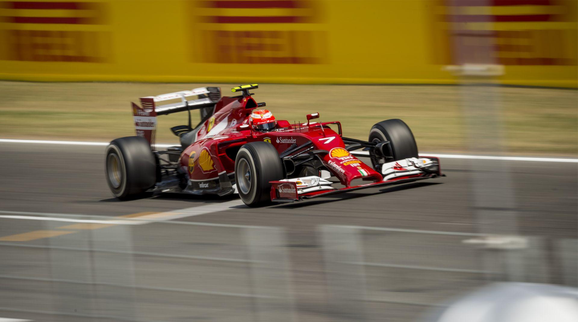 Egy Marussia nyerte az első tesztnapot Barcelonában, Raikkönen csak szenvedett a Ferrarival