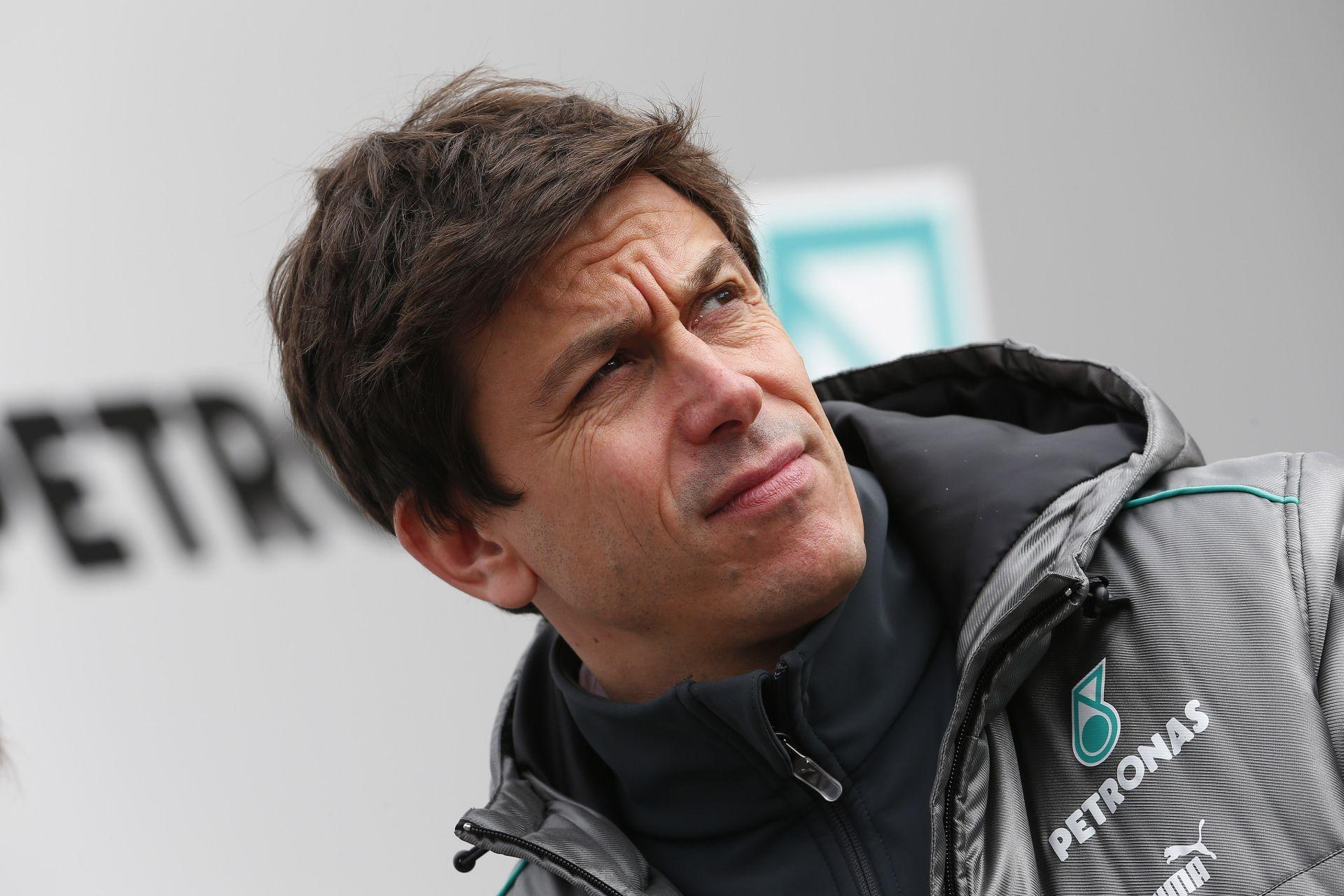 A Mercedes nem vár bosszút Hamiltontól Rosberg manővere miatt