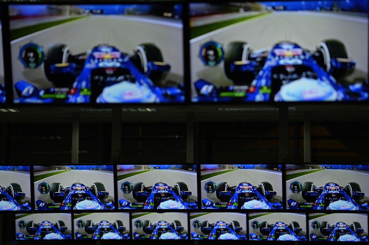 A Red Bull nem megy át a GP1-be, és az is kizárt, hogy a Mercedes adjon nekik motorokat