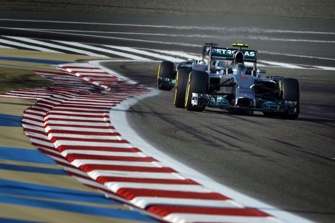 Motorban az erő a Mercedesnél: behozhatatlan hátrányban a riválisok, 2015 a remény?