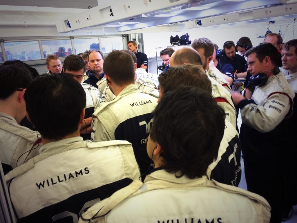 Massa boldog, mert fejlődik az FW36: még mindig sok a tennivaló