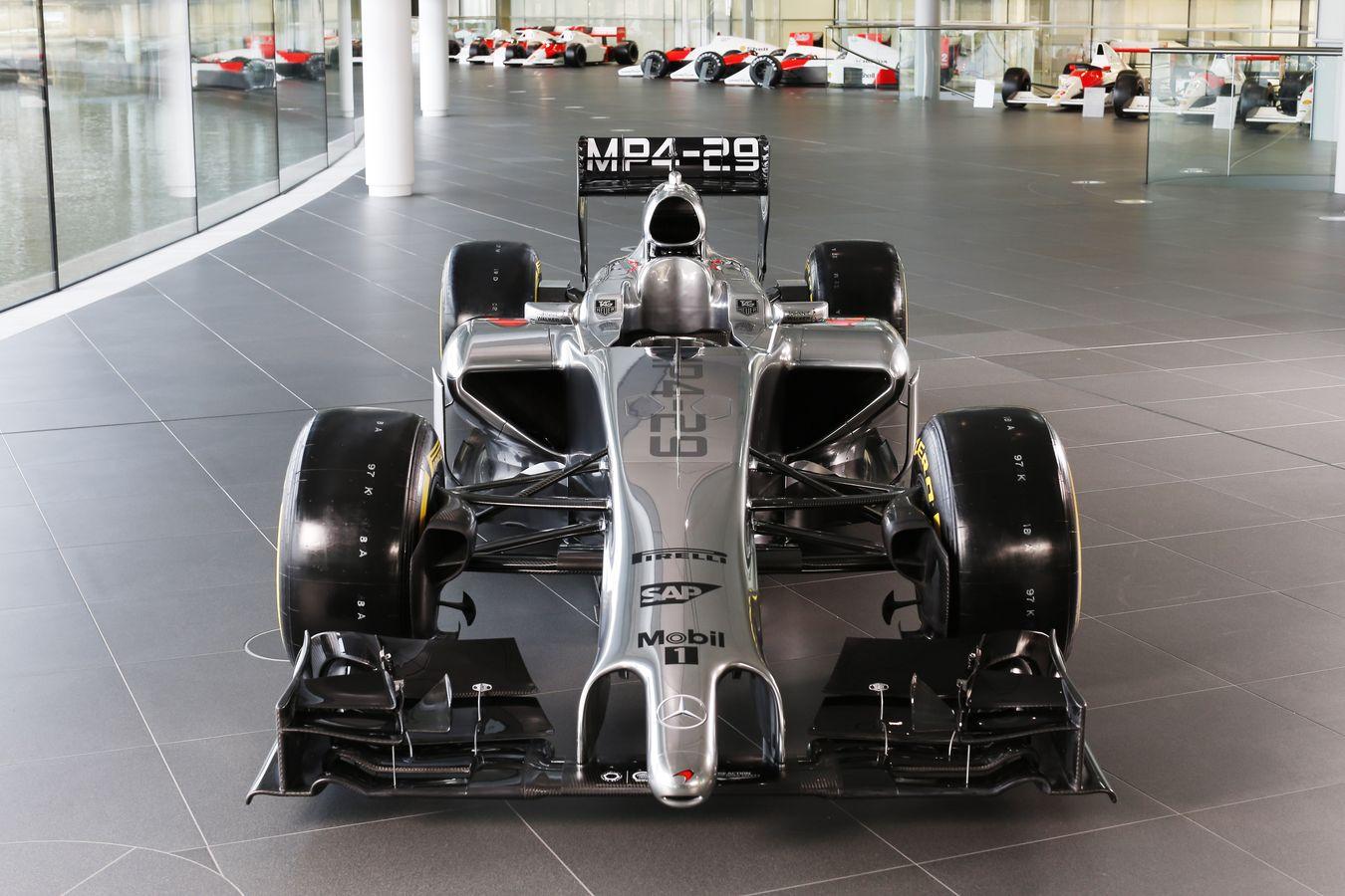 Hivatalosan is bemutatkozott a McLaren 2014-es autója, az MP4-29