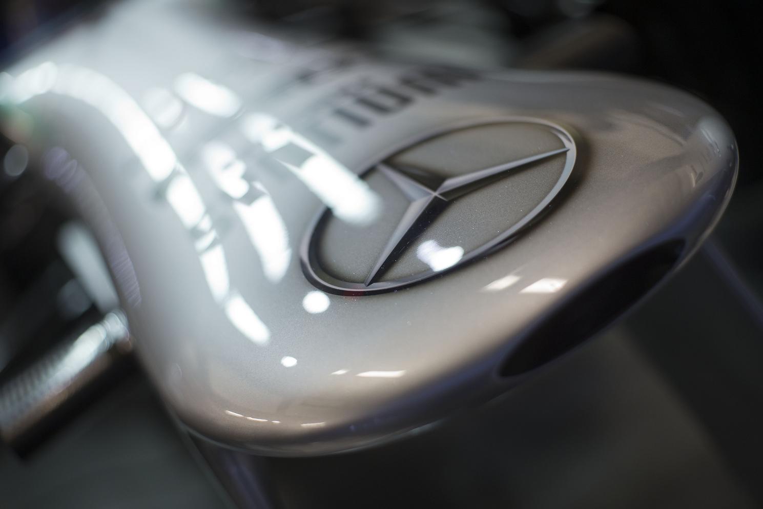 Táblamagazin: Megjelent az F1-live.hu első száma
