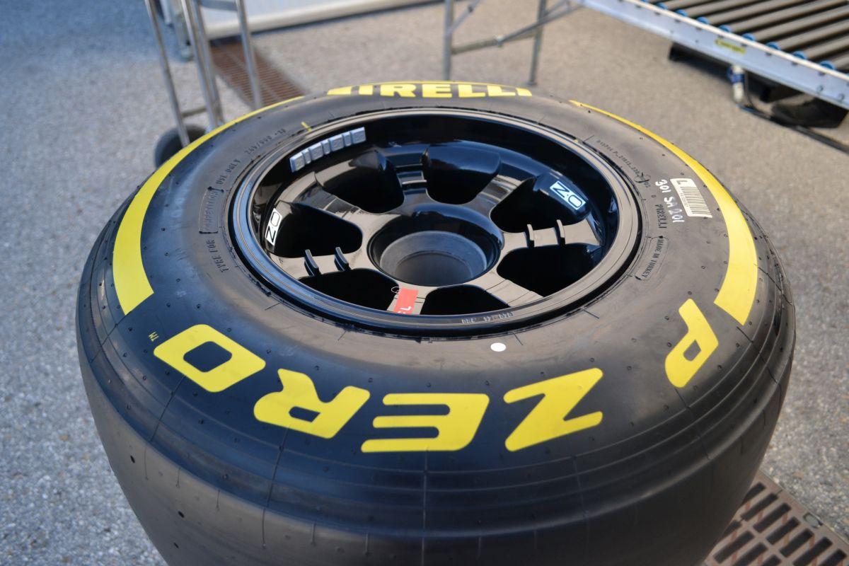 A Pirelli kitart: könnyű lenne csak úgy itt hagyni ezt az őrületet