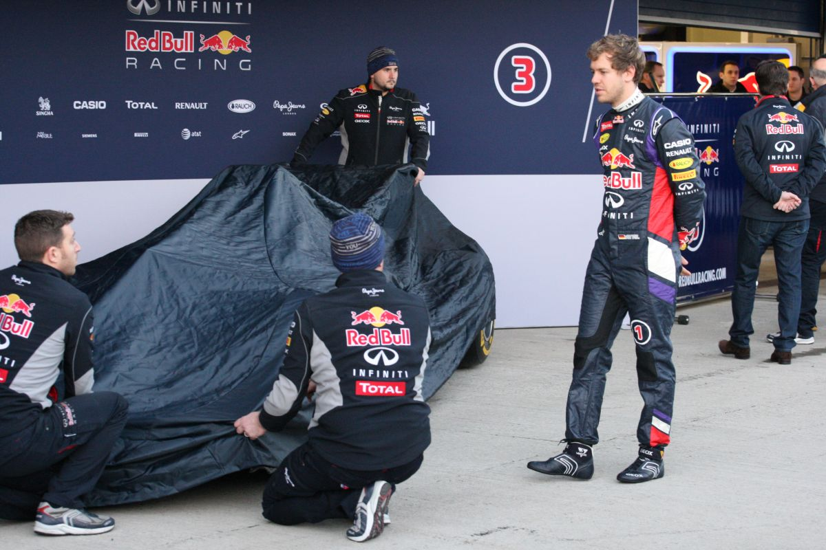 Vettel: mindössze 3 kört mentem, nem ok nélkül