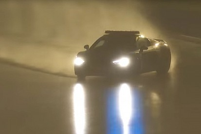 Video: El espectacular derrape del safty car en Le Mans