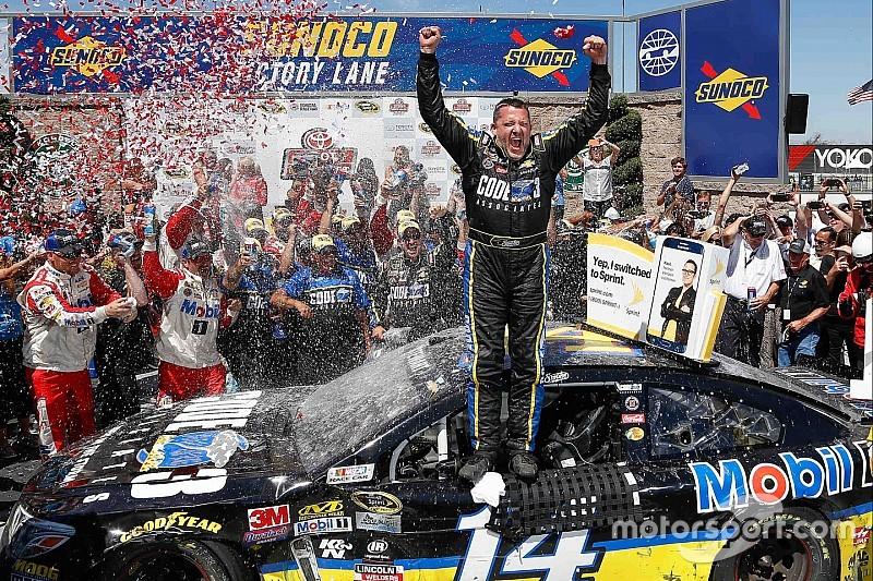 NASCAR Sonoma: Sieg für Tony Stewart nach Duell mit Denny Hamlin