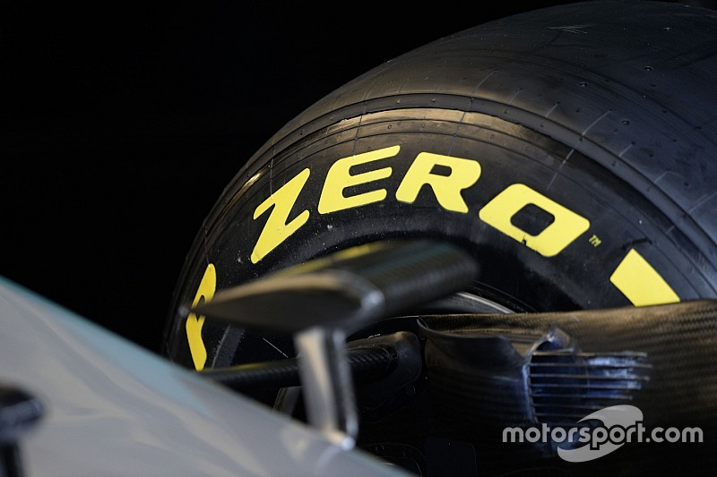 La Pirelli ha scelto medie, soft e supersoft per Monza