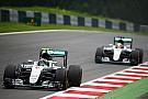В Mercedes ужесточили правила борьбы между пилотами