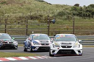 TCR Benelux Raceverslag TCR Zandvoort: Van Hooydonk en Hezemans winnen in Zandvoort