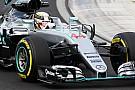 Stoeltje Lewis Hamilton gebroken tijdens crash in VT2