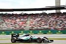 Rosberg nipt sneller dan Hamilton en Ricciardo in VT3, Verstappen zesde
