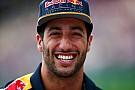 Ricciardo ve a Valentino Rossi como su modelo