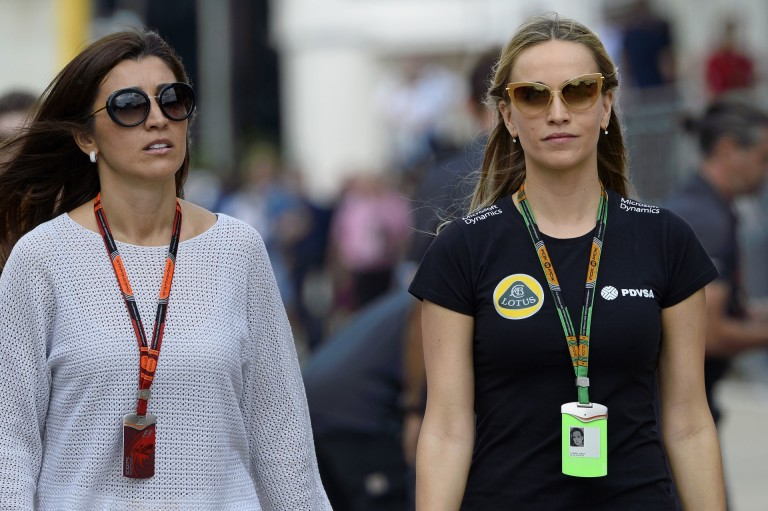Carmen Jorda Ricciardo és Massa között villantott!