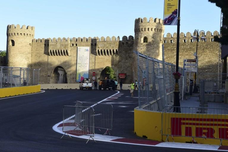 Baku Nagydíj 2016: F1-es idő-és menetrend